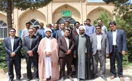 غبار روبي نمادين مساجد به مناسبت ماه مبارك رمضان
